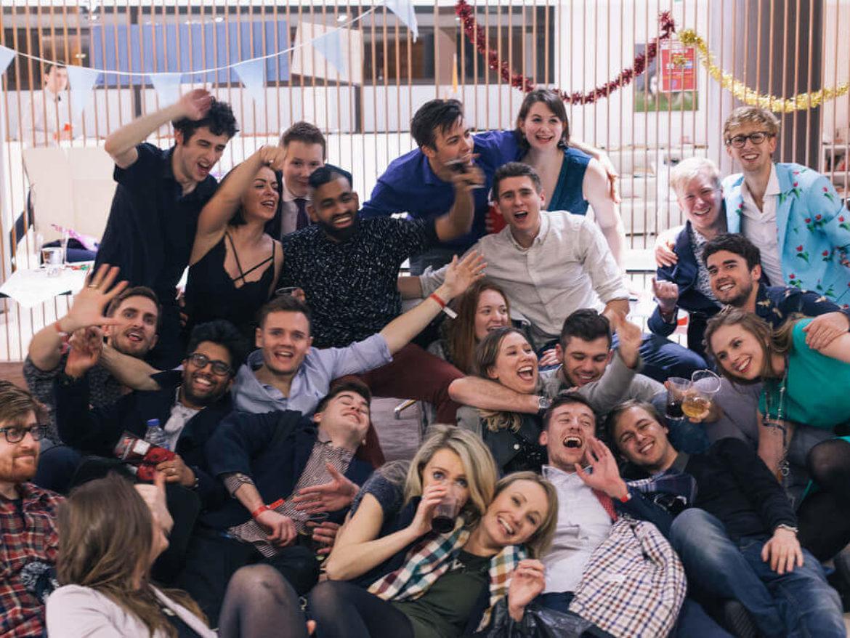 הפקת אירועי חברה – שילוב מופע לחברות